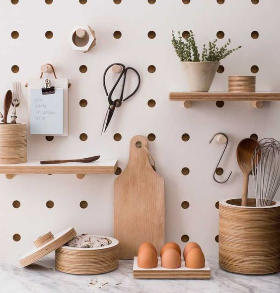 parete-attrezzata-cucina-pegboard
